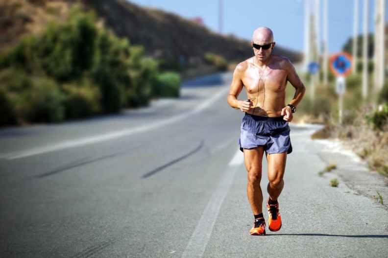 Se você quer um tempo rápido, você deve encontrar uma corrida com uma rota plana