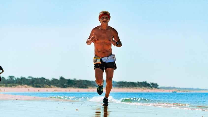 Correr são ótimos exercícios para ajudar você a perder peso.